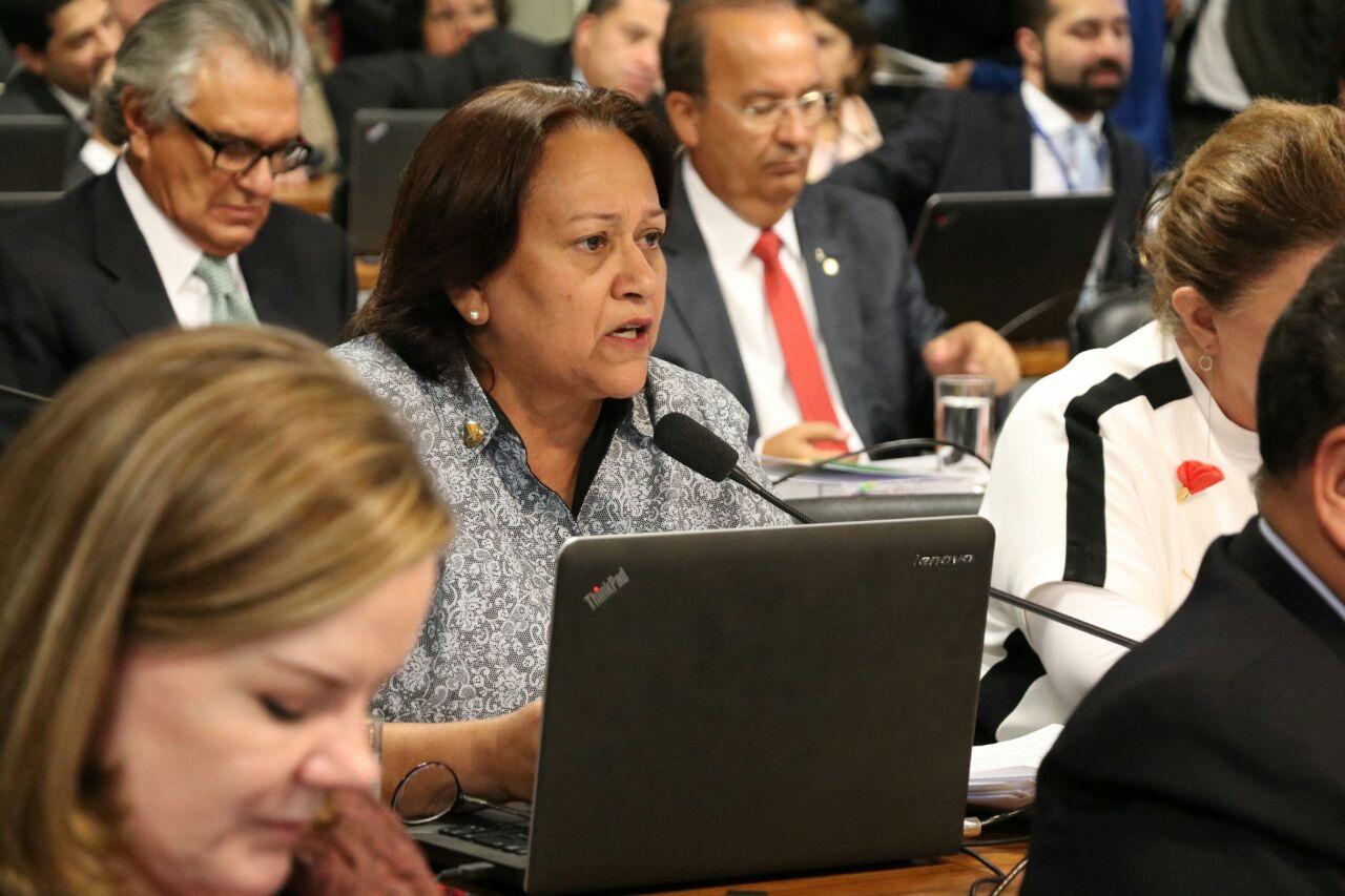 Resultado de imagem para Senadora Fátima Bezerra reforma trabalhista